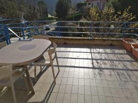 Image No.2-Appartement de 2 chambres à vendre à Bagni di Lucca