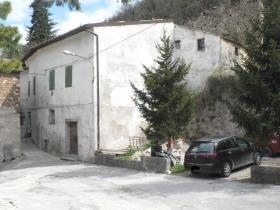 Image No.4-7 Bed Village House for sale