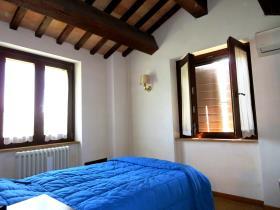 Image No.23-2 Bed Cottage for sale