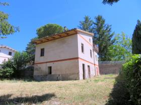 Image No.2-2 Bed House for sale