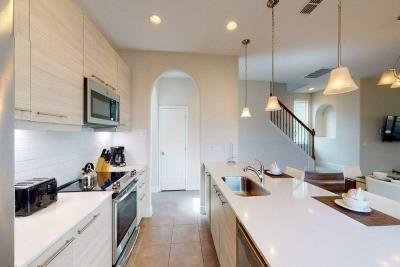 Produced-by-HommatiCom-221-Aidans-Landing-Haines-City-Fl-Kitchen