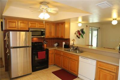 8667-kitchen