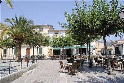 Campanet Square