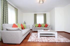 Image No.7-Villa / Détaché de 4 chambres à vendre à Madere