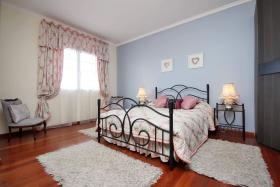 Image No.10-Villa / Détaché de 4 chambres à vendre à Madere