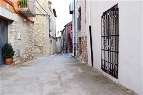 Image No.23-4 Bed Townhouse for sale