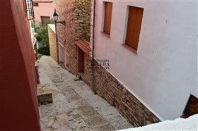 Image No.47-4 Bed Townhouse for sale