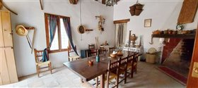 Image No.14-7 Bed Farmhouse for sale
