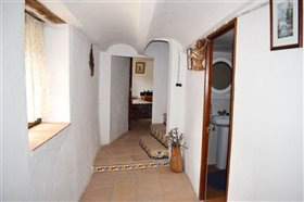 Image No.22-7 Bed Farmhouse for sale