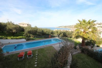 aparment-for-sell-in-Alyrida-with-nice-views-130-0012-1