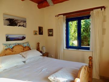villa-for-sell-near-fres-vrises--0012