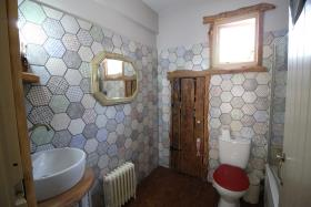 Image No.10-2 Bed Farmhouse for sale
