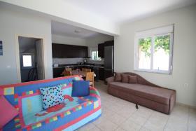 Image No.3-Maison / Villa de 2 chambres à vendre à Kefalas
