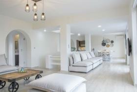 Image No.5-Maison / Villa de 7 chambres à vendre à Plaka