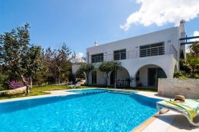 Image No.1-Maison / Villa de 7 chambres à vendre à Plaka