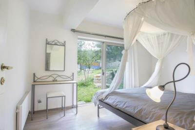 Villa-for-sale-Apokoronas-bedroom-20923242