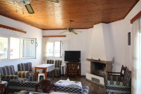 Image No.24-Un hôtel de 14 chambres à vendre à Kalyves
