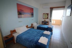 Image No.10-Un hôtel de 14 chambres à vendre à Kalyves