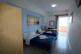 Image No.15-Un hôtel de 14 chambres à vendre à Kalyves