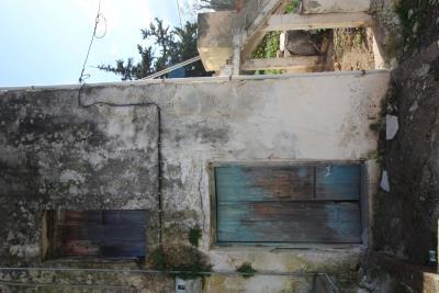 Armeni-House-for-Sell-for-Renovation-MariaIMG_4616