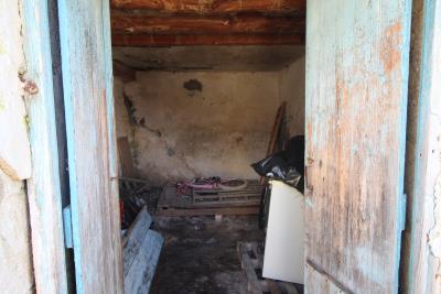 Armeni-House-for-Sell-for-Renovation-MariaIMG_4618