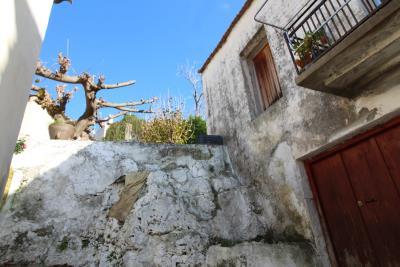 Armeni-House-for-Sell-for-Renovation-MariaIMG_4619