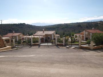 3-villas-for-sell-in-douliana-0020