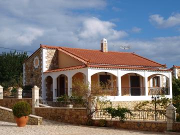 3-villas-for-sell-in-douliana-0022