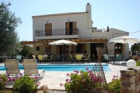 Image No.1-Maison / Villa de 2 chambres à vendre à Drapanos