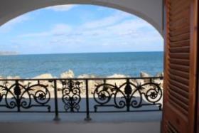 Image No.2-Un hôtel de 6 chambres à vendre à Kalyves