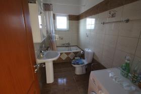 Image No.11-Villa de 4 chambres à vendre à Plaka