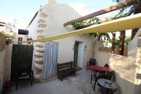 Image No.2-Maison de village de 1 chambre à vendre à Plaka