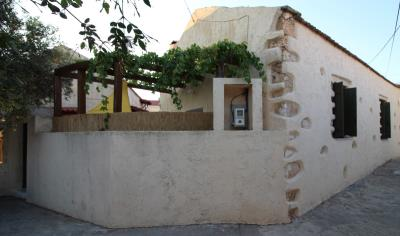 Plaka-house-for-sell-only-70000--0001