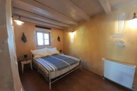 Image No.10-Maison de village de 2 chambres à vendre à Xirosterni