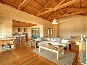 Image No.2-19 Bed Villa for sale