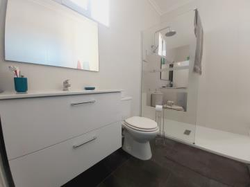 MH-Bathroom