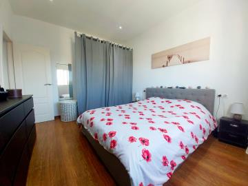 MH-Bedroom-2a