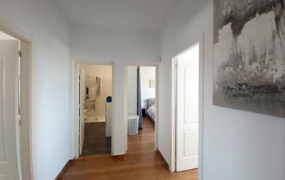 MH-Hallway