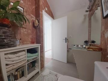 Ensuite-Bathroom-2