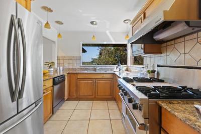 N-Overlook-Kitchen-
