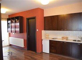 Image No.12-Villa de 5 chambres à vendre à Konia