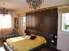 Image No.13-Villa de 5 chambres à vendre à Konia