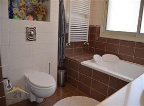 Image No.19-Villa de 5 chambres à vendre à Konia