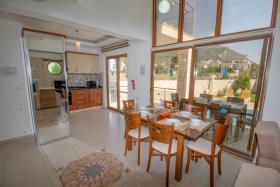Image No.5-Villa de 4 chambres à vendre à Hisaronu