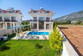 Image No.1-Villa de 4 chambres à vendre à Hisaronu