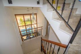 Image No.10-Villa de 4 chambres à vendre à Hisaronu