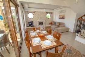 Image No.9-Villa de 4 chambres à vendre à Hisaronu