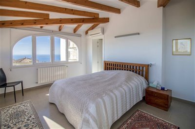 propertyimage58d82f0