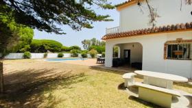 Image No.3-Villa / Détaché de 5 chambres à vendre à Chiclana de la Frontera