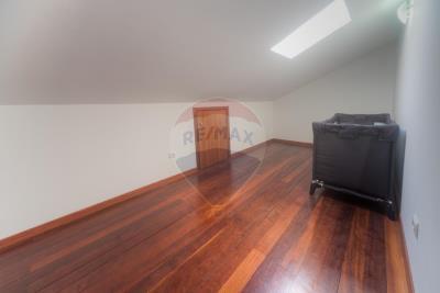 A-T3-Duplex_Caldas_VanessaAleixo-21--Copy-